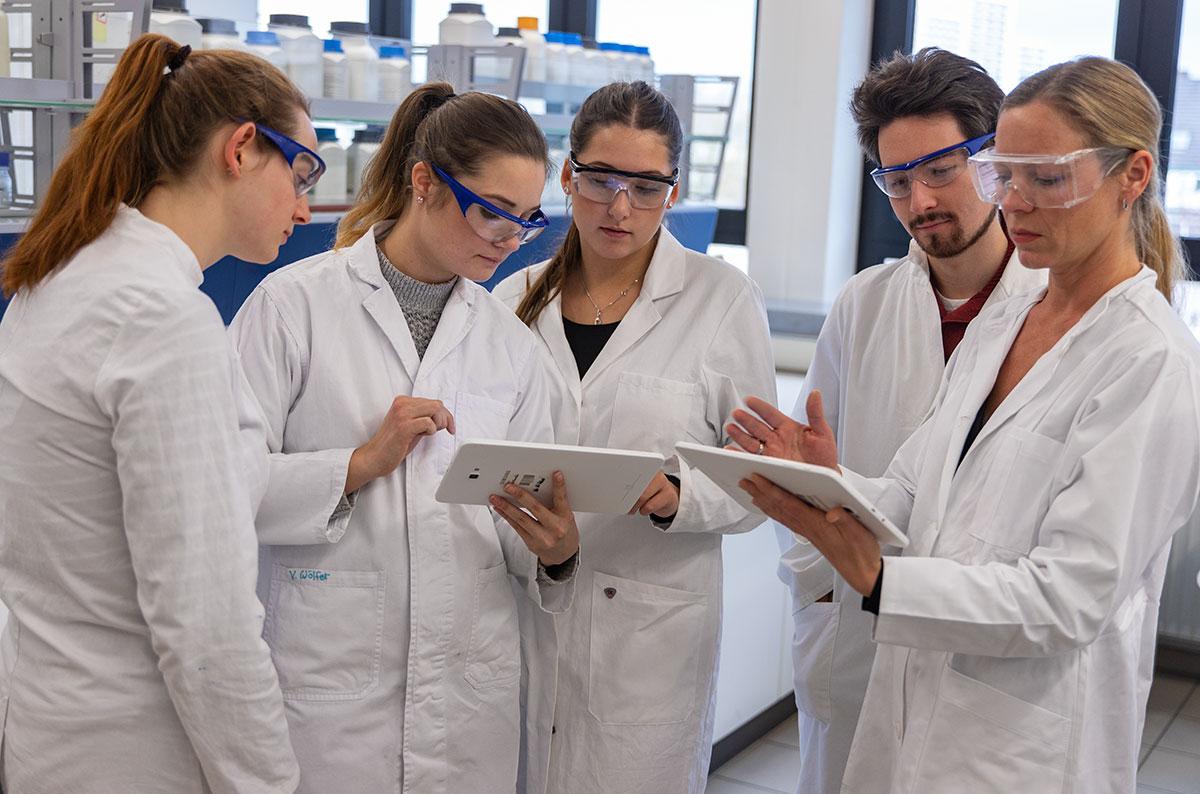 BIOLOGISCH-TECHNISCHES GYMNASIUM